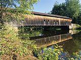 缅因州 - 铁杉廊桥 - 弗赖堡美国缅因州。