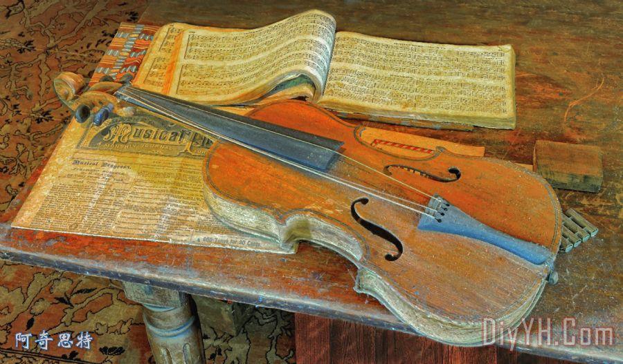 旧小提琴装饰画 音乐 活页乐谱 旧小提琴油画定制 阿奇思特