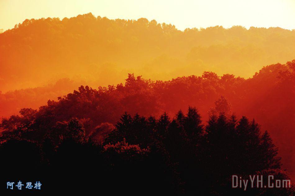 早晨雾山装饰画_日出_美国_西弗吉尼亚州_早晨雾山