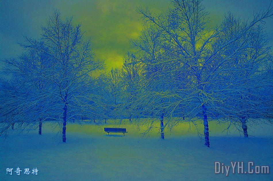 移动太阳的反射装饰画_风景_蓝色_黄色_雪花_冬天_的